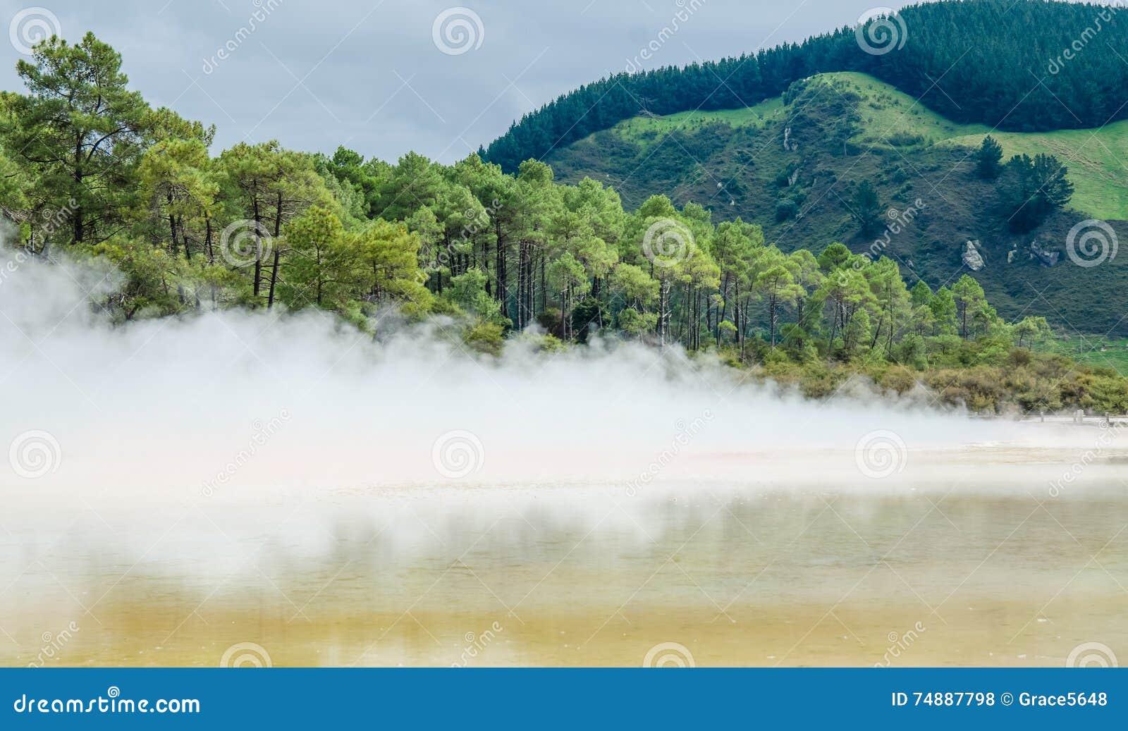 País das maravilhas do Thermal de Wai-O-Tapu