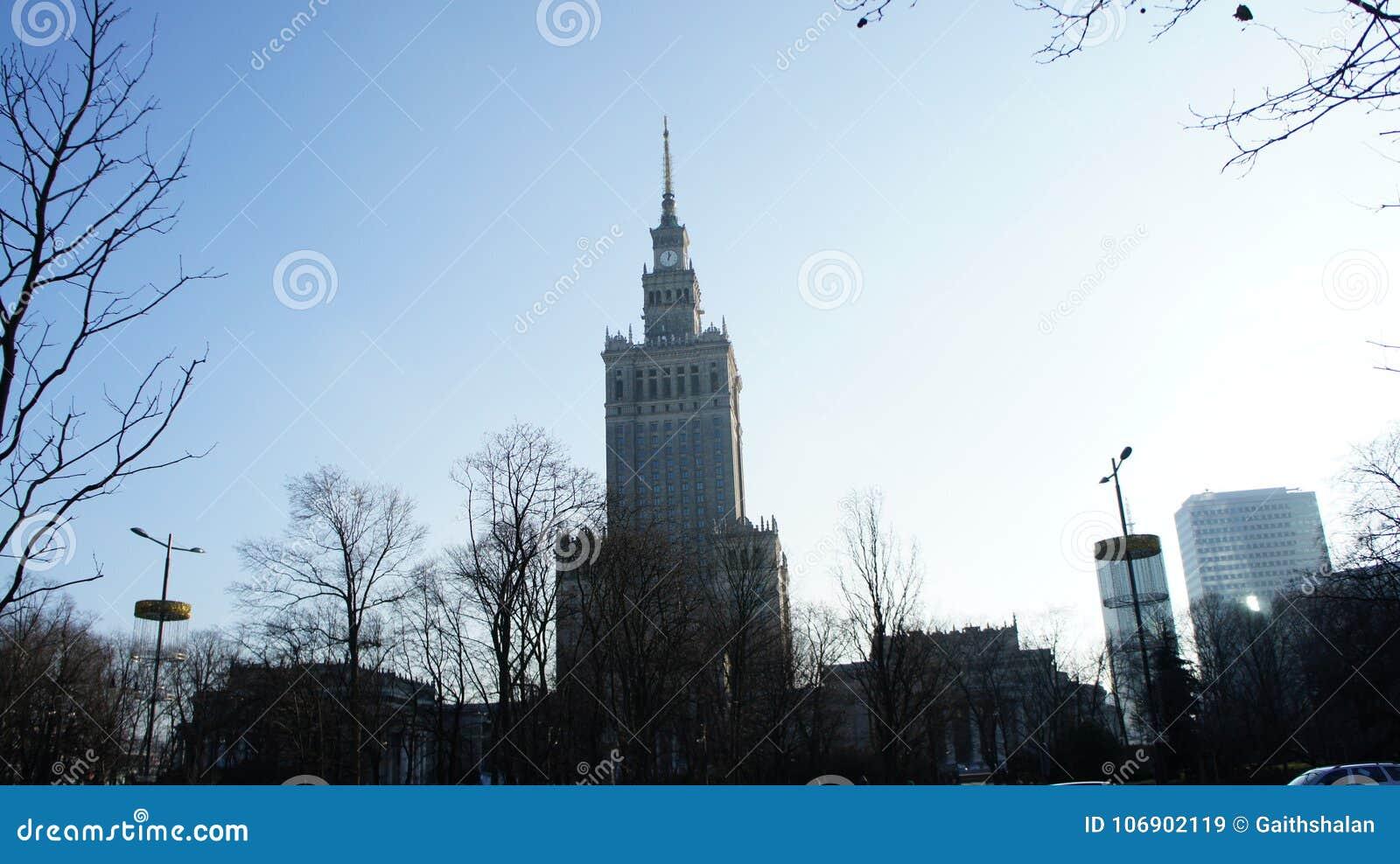 Pałac kultura w Warszawskim Polska