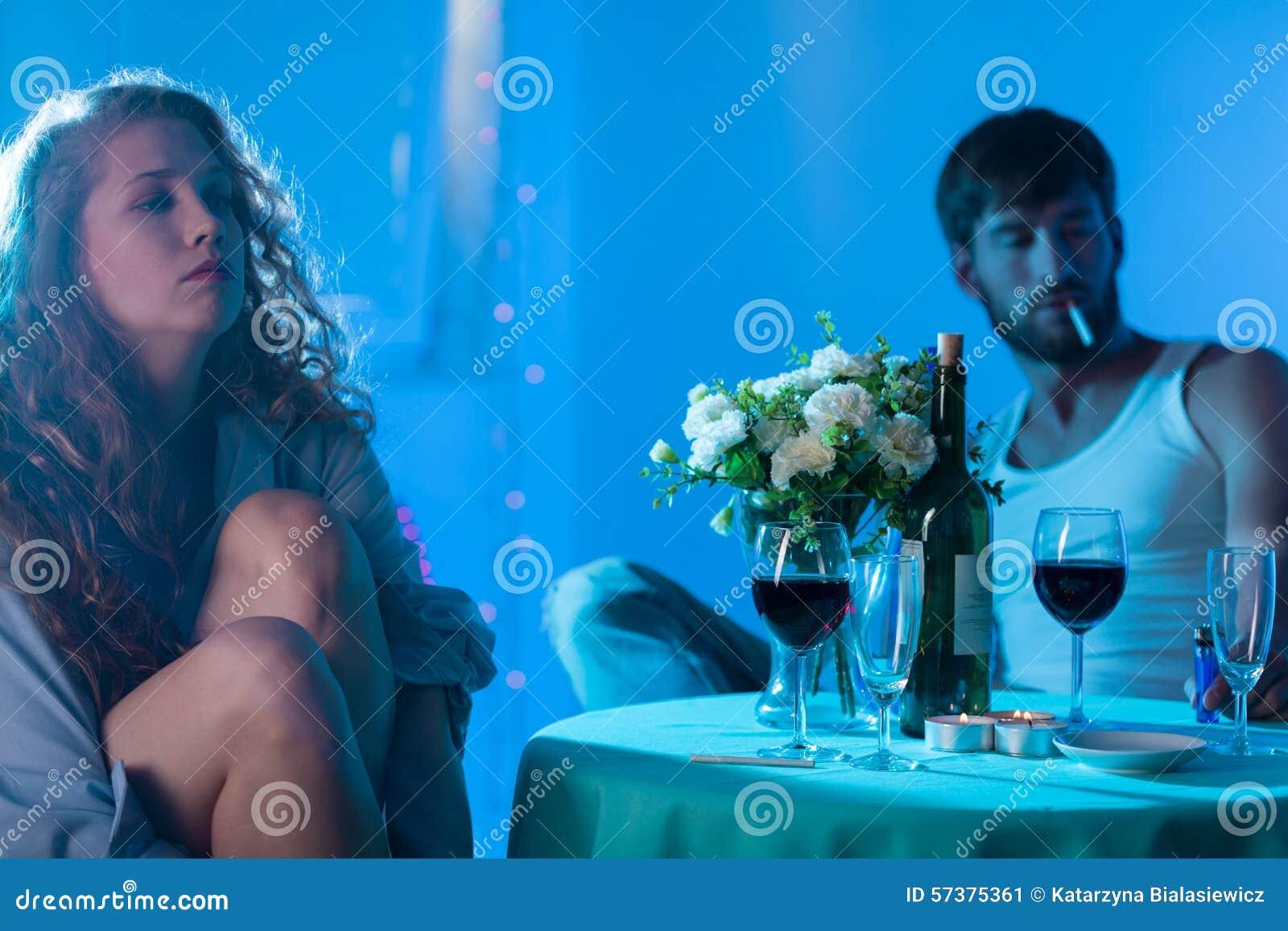 Paar die in giftige verhouding zijn