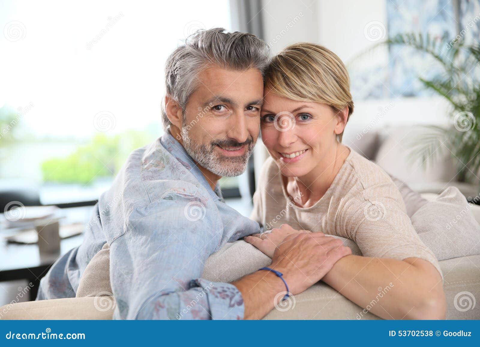dating website voor middelbare leeftijd aansluiten CO2 tank vat