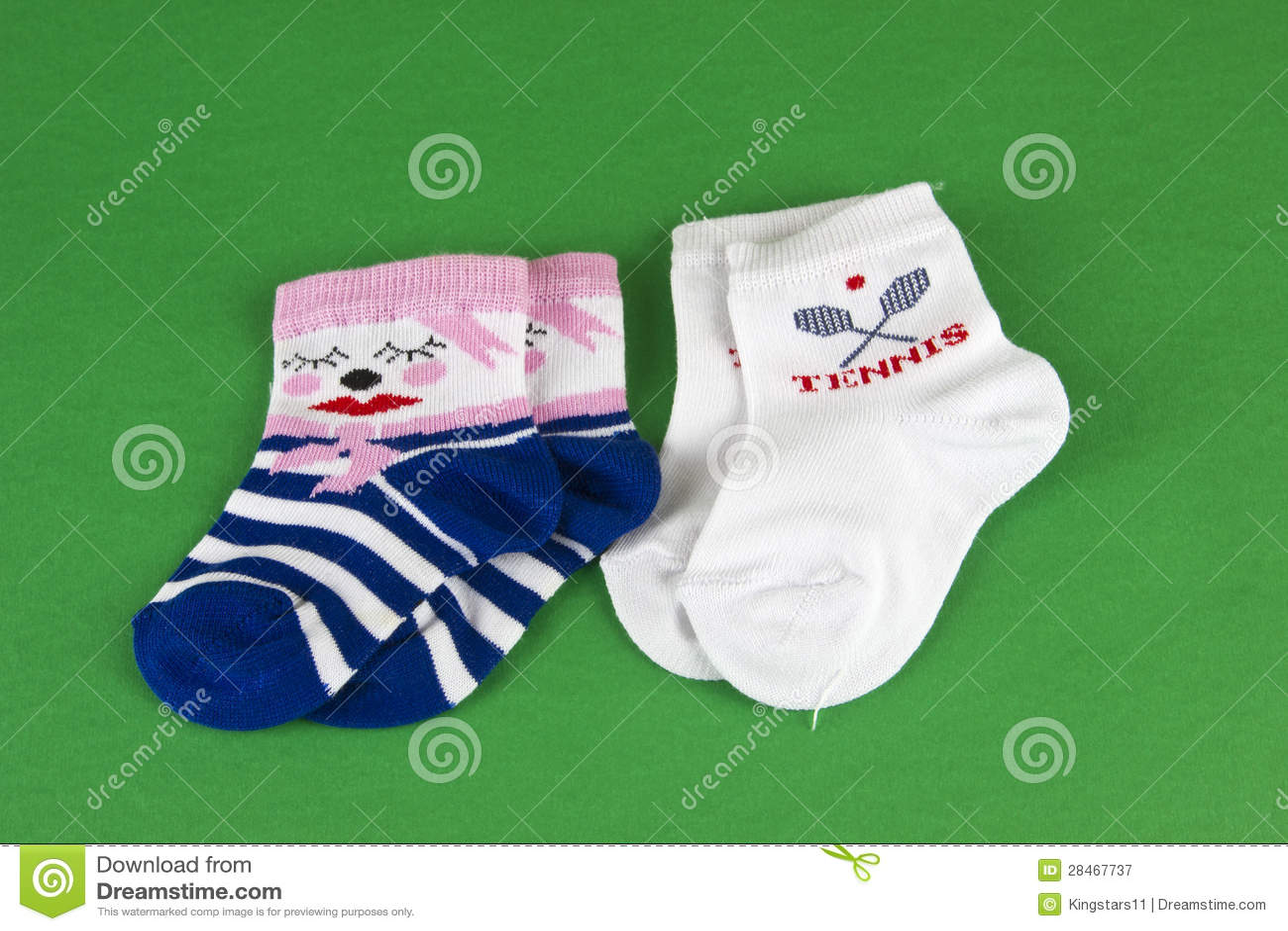 Paar van de nieuwe sokken van de pornografiebaby