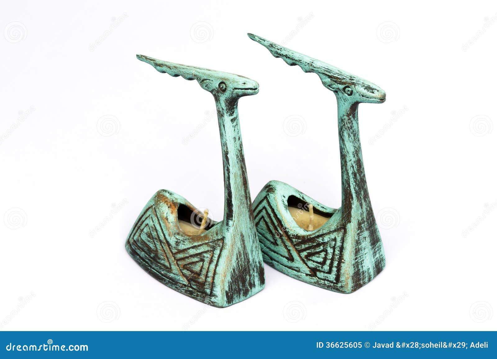 Paare der antiken Töpferwarenkerzenhalter
