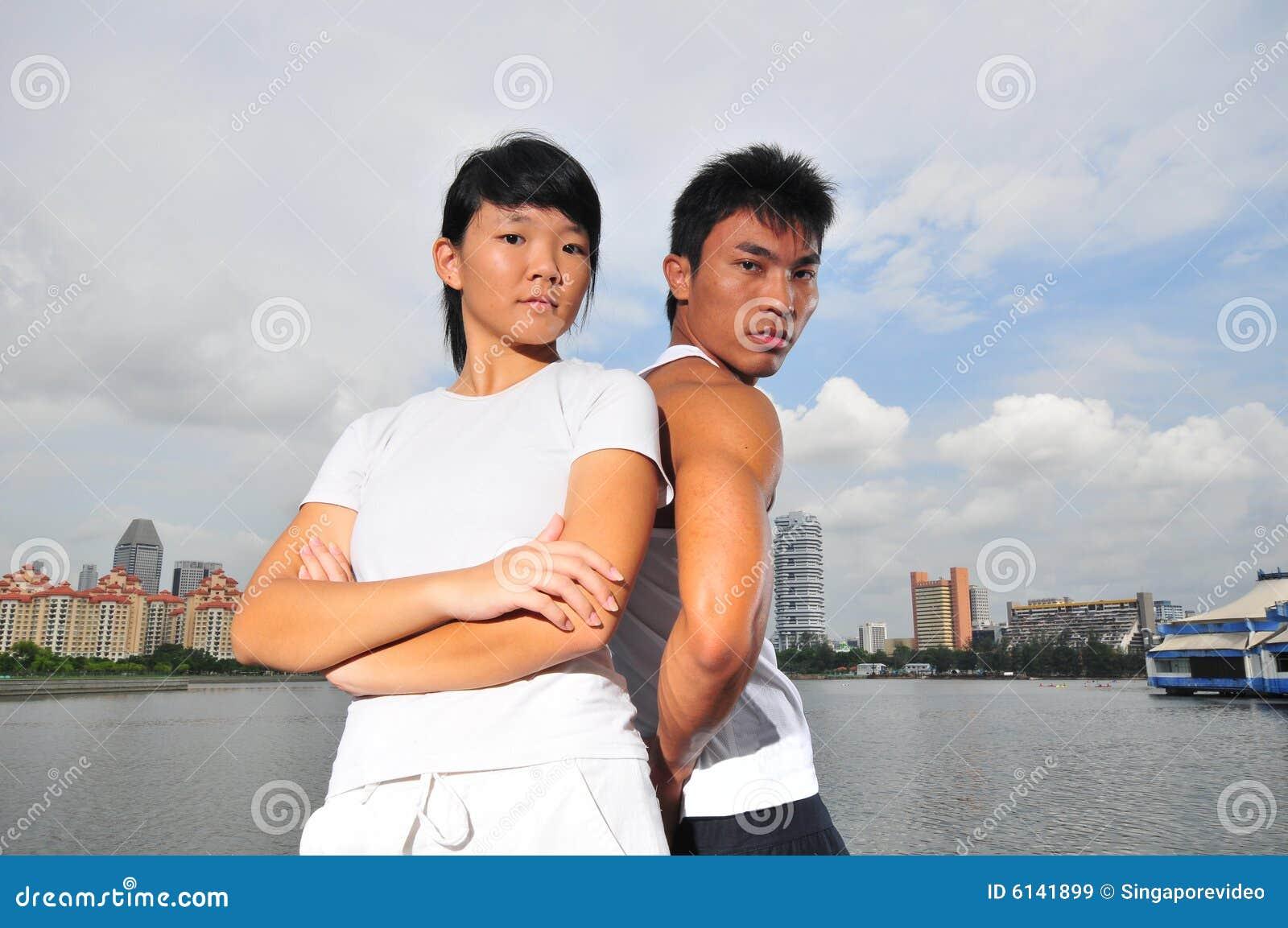 Paare, die Entscheidungen 16 treffen