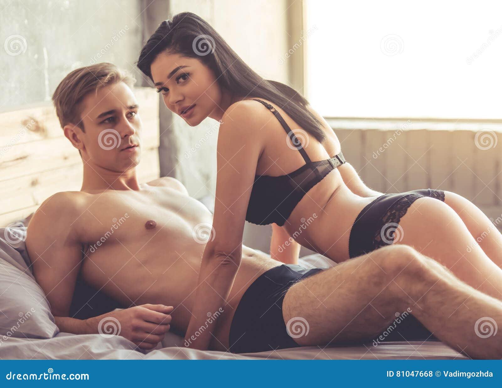 paare haben sex