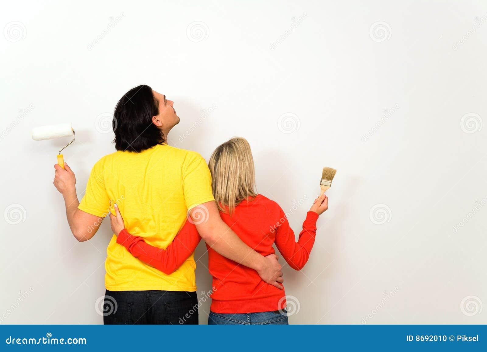 Paare mit Lackpinseln