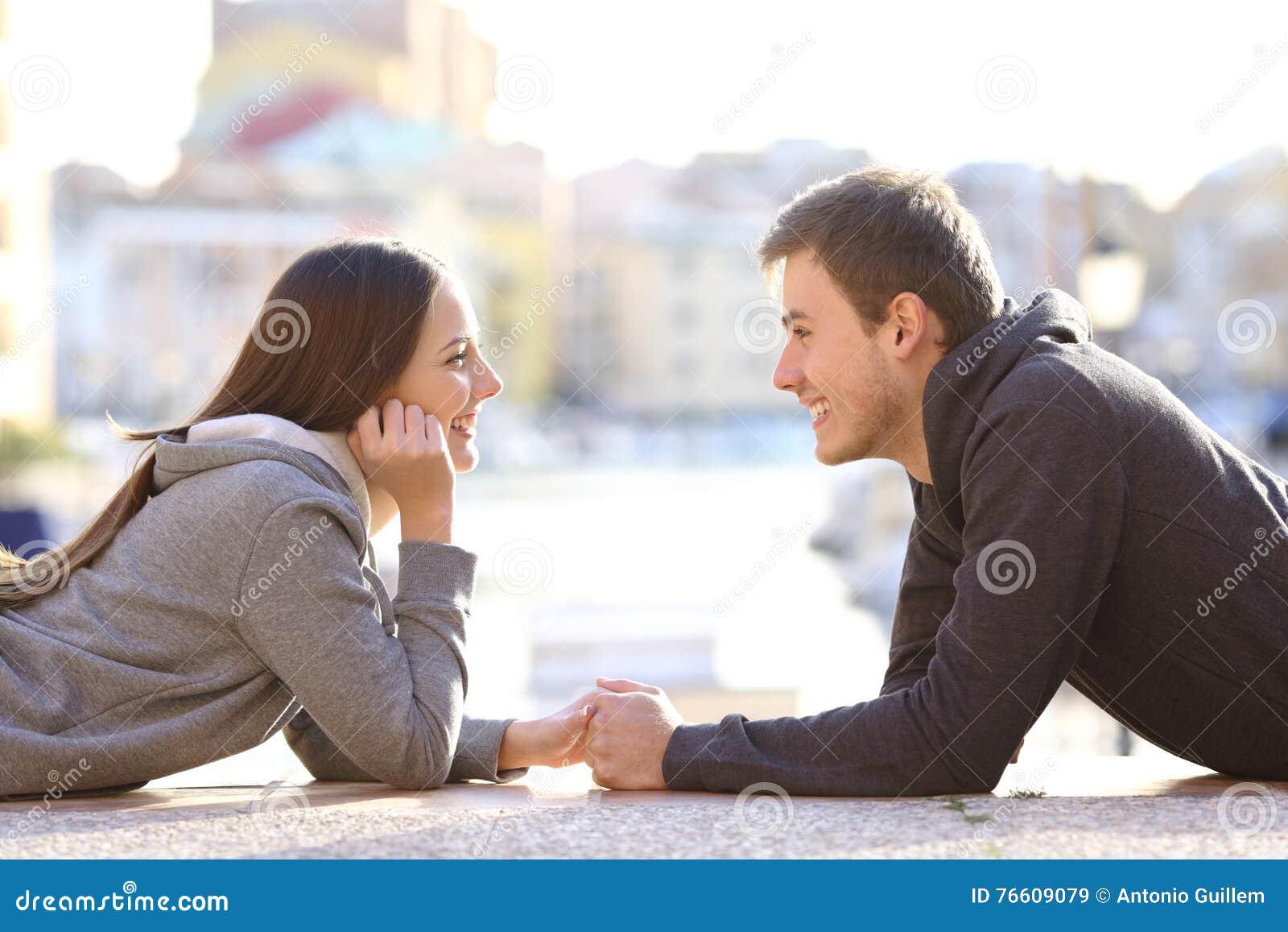 Datieren flirten
