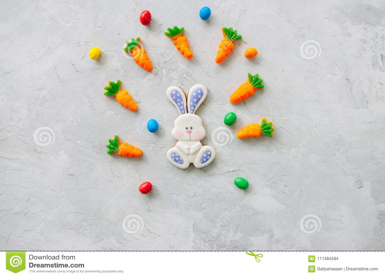Paashaaskoekjes en wortel het kauwen marmelade met suikergoed o