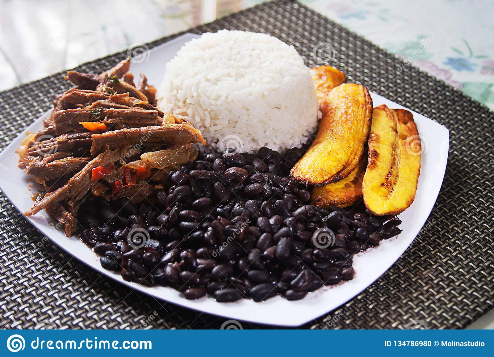 Pabellà ³ n拉丁美洲各国的人传统委内瑞拉盘
