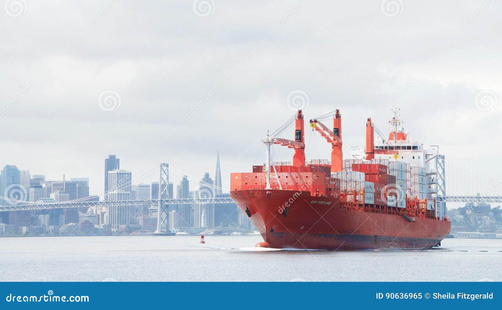 PAC PORTLAND de cargo en route au port d Oakland