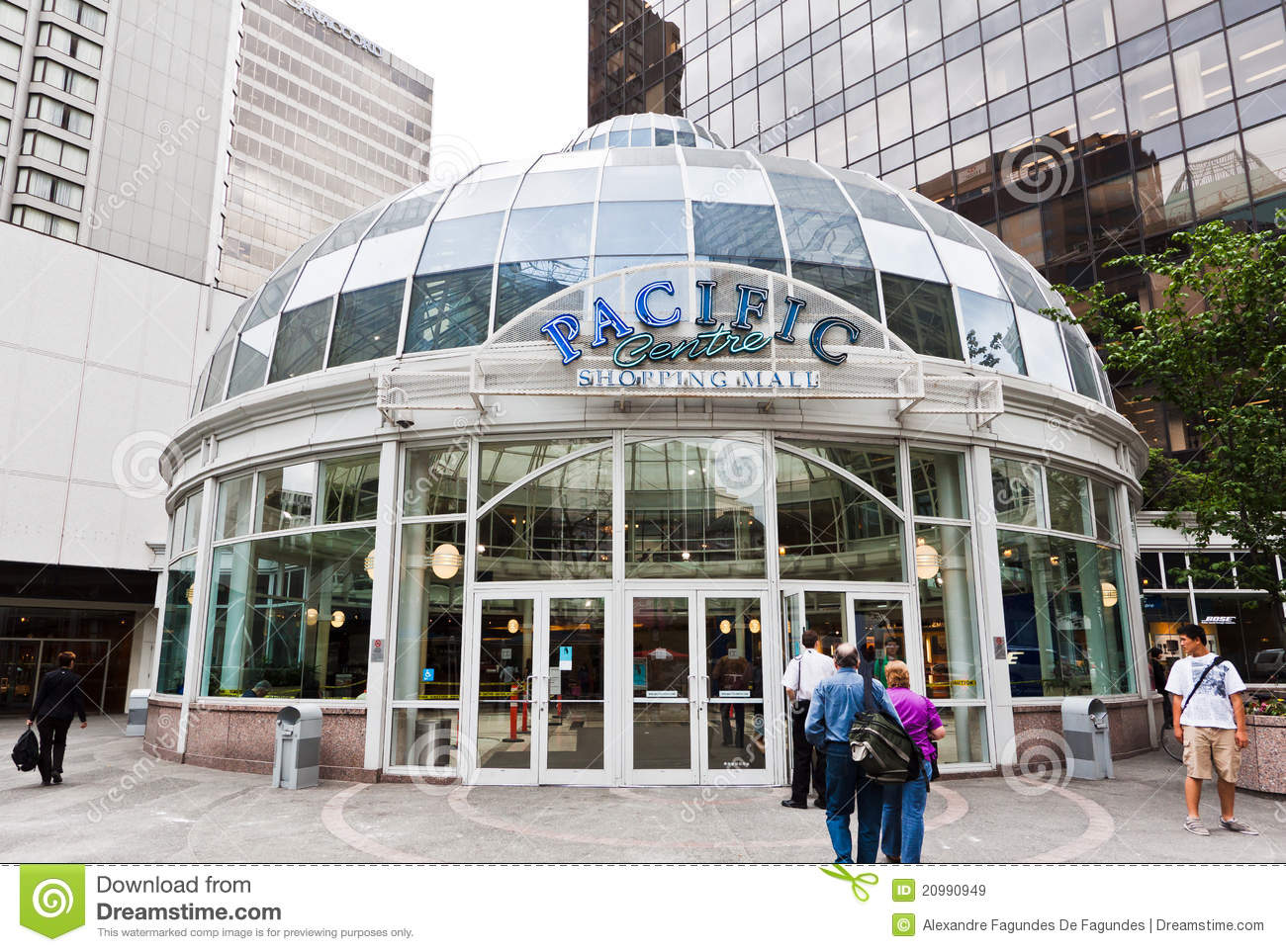 Pacific Centre is the largest fully enclosed shopping mall in the heart of downtown Vancouver, British Columbia, Canada. The mall is located adjacent to the Vancouver Art Gallery. Pacific Centre Mall's main entrance is at W Georgia Street and a new entrance at Robson and Granville Street since expansion in /5(3).