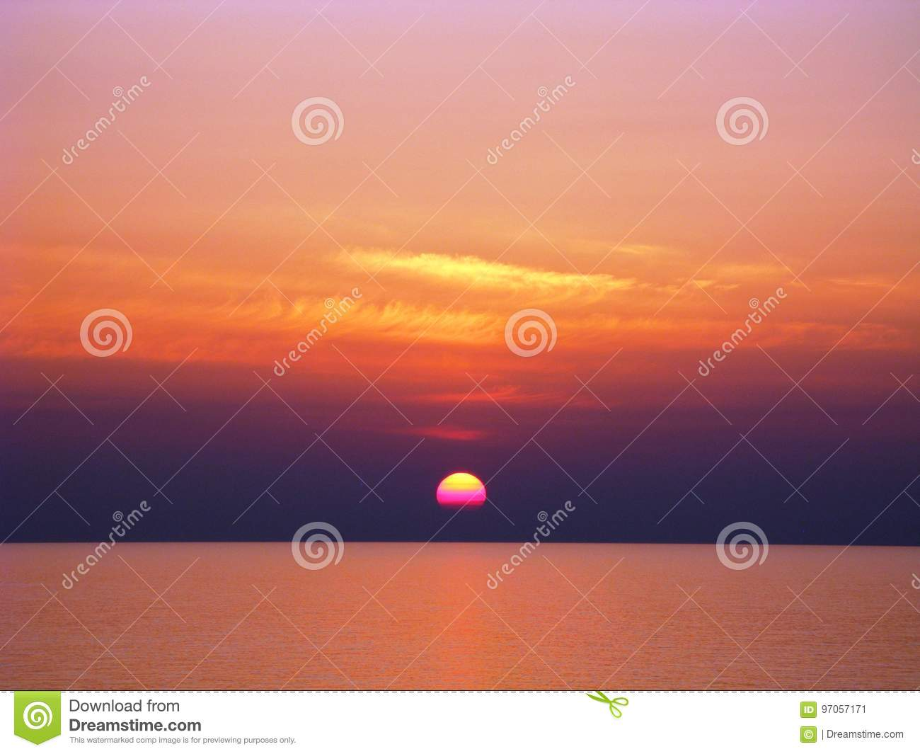 Pacific Ocean Sunset With Red And Orange Clouds Purple And Yellow Sun Stock Image Image Of Orange Shading 97057171