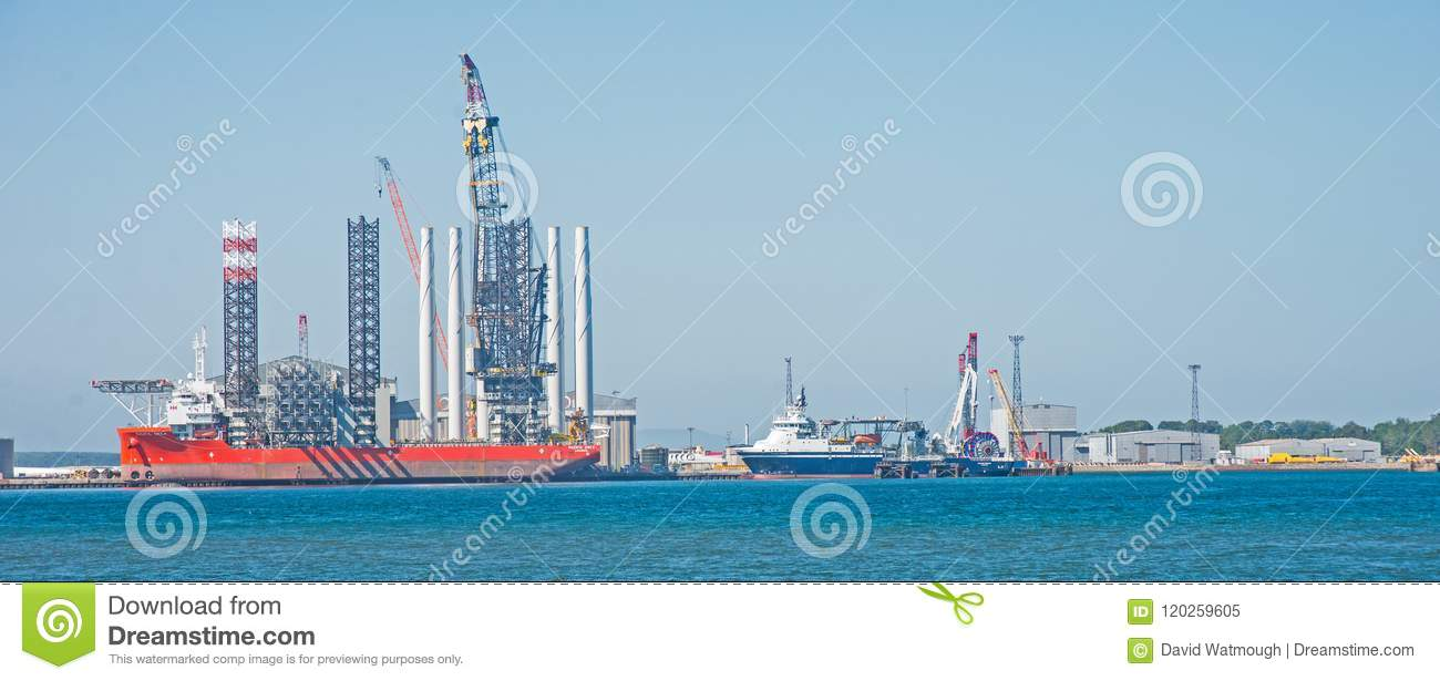 Download Pacific Orca In The Cromaty Firth Stock Image - Image of view, orca: 120259605