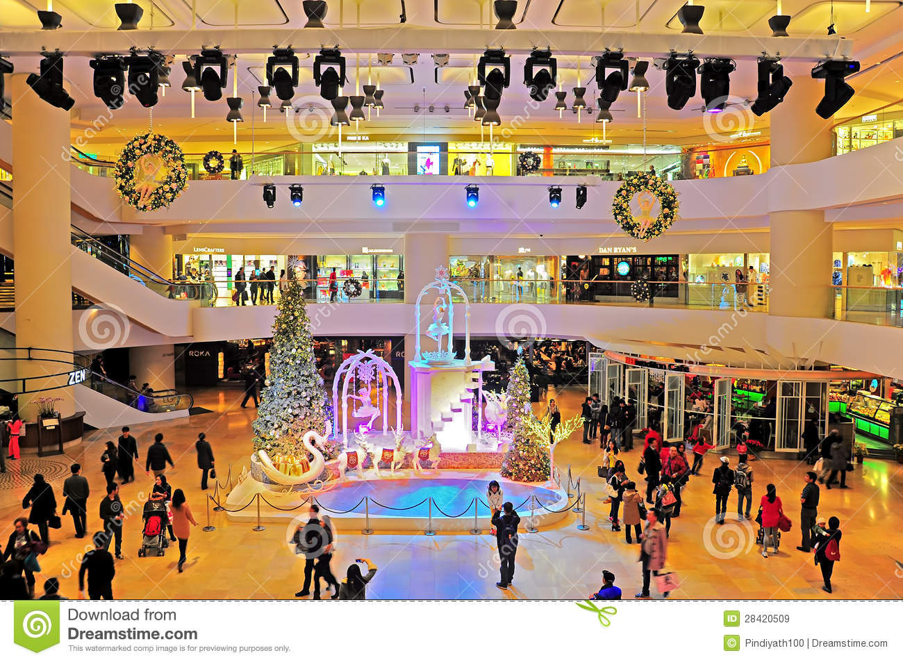 Pacific place shopping mall hong kong editorial stock for Best places for christmas shopping