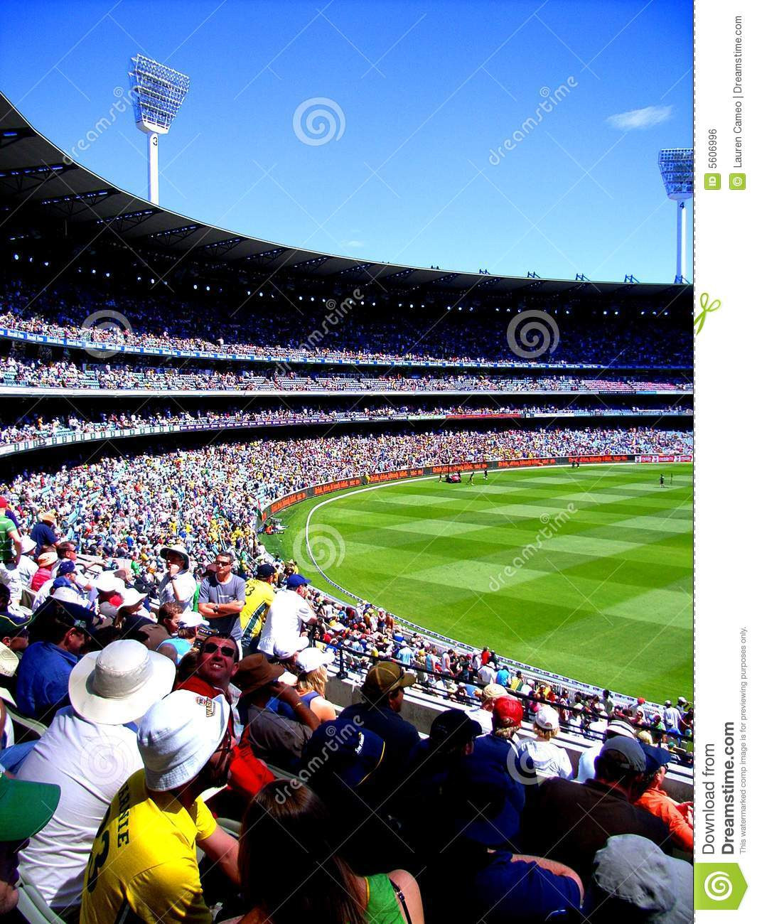 Packed Mcg Editorial Photo Image Of Field Melbourne
