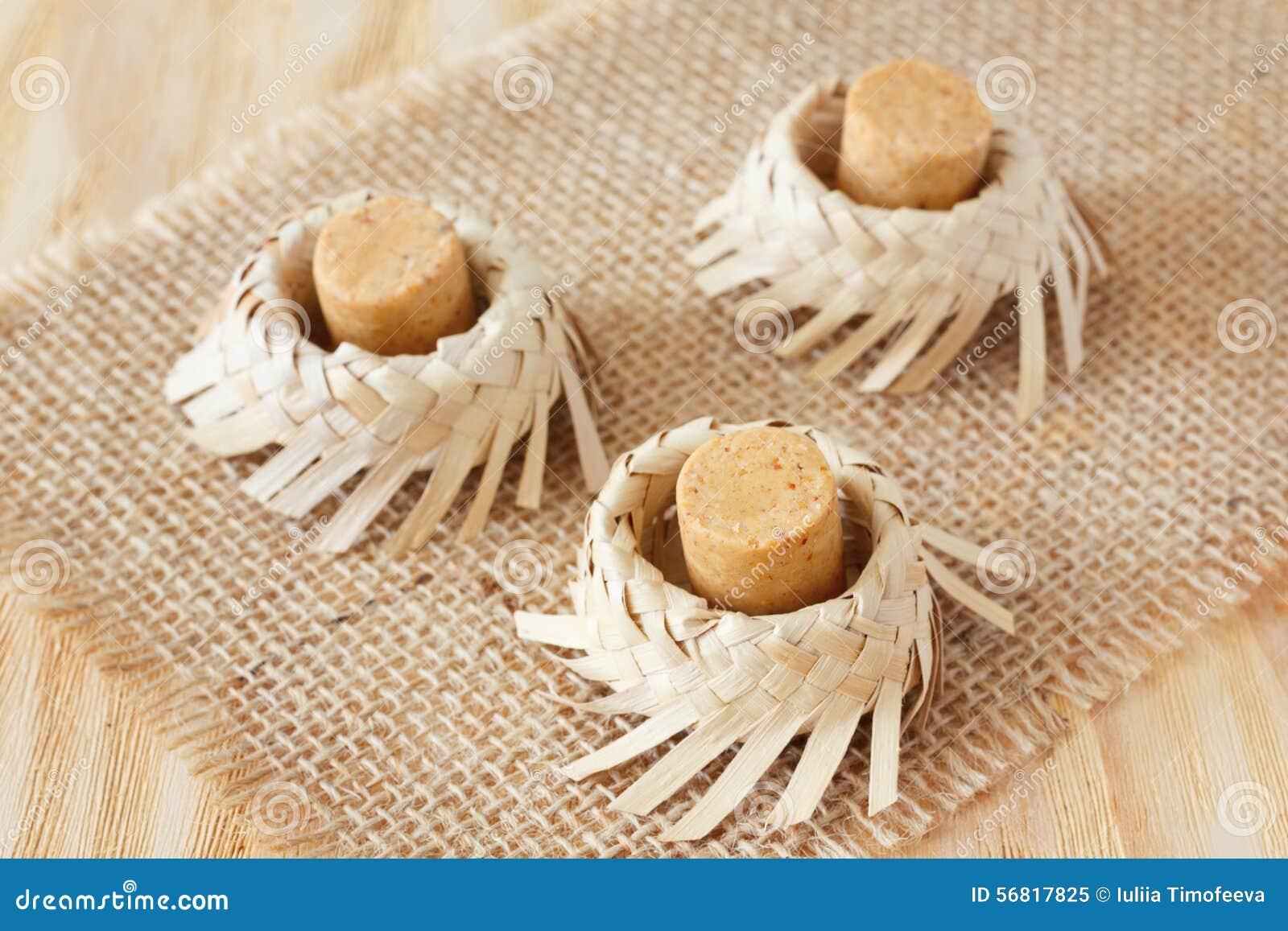 Brasilianische Dekoration pacoca - brasilianische süßigkeit der grunderdnuß stockbild - bild
