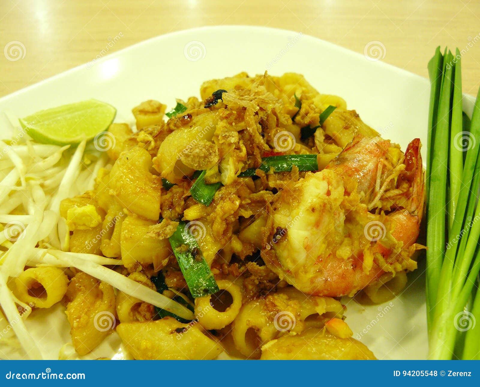 Pad Thai Macaroni With Prawn Stock Photo Image Of Food Dinner