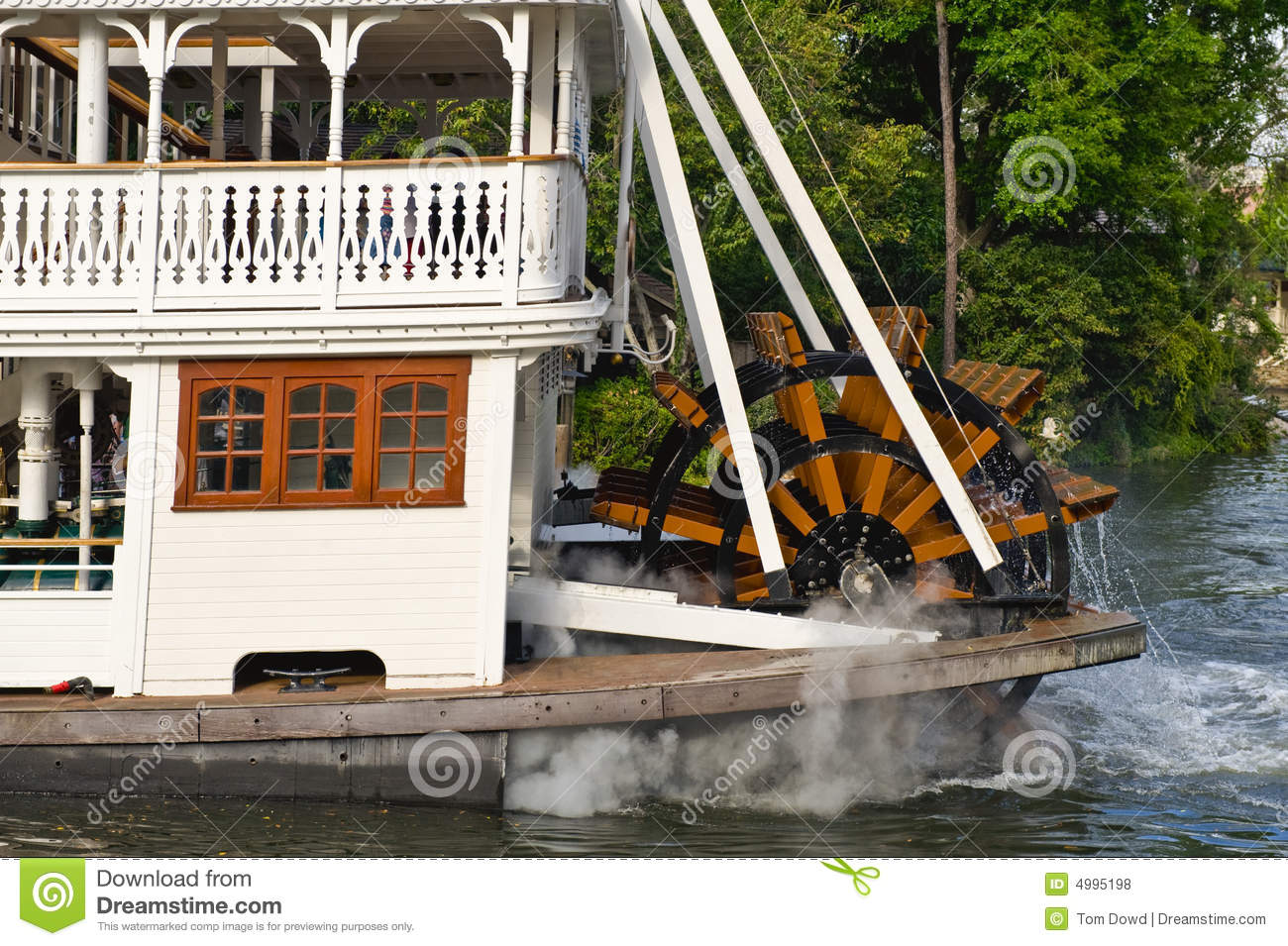 Paddle Wheel River Boat Royalty Free Stock Photos - Image: 4995198