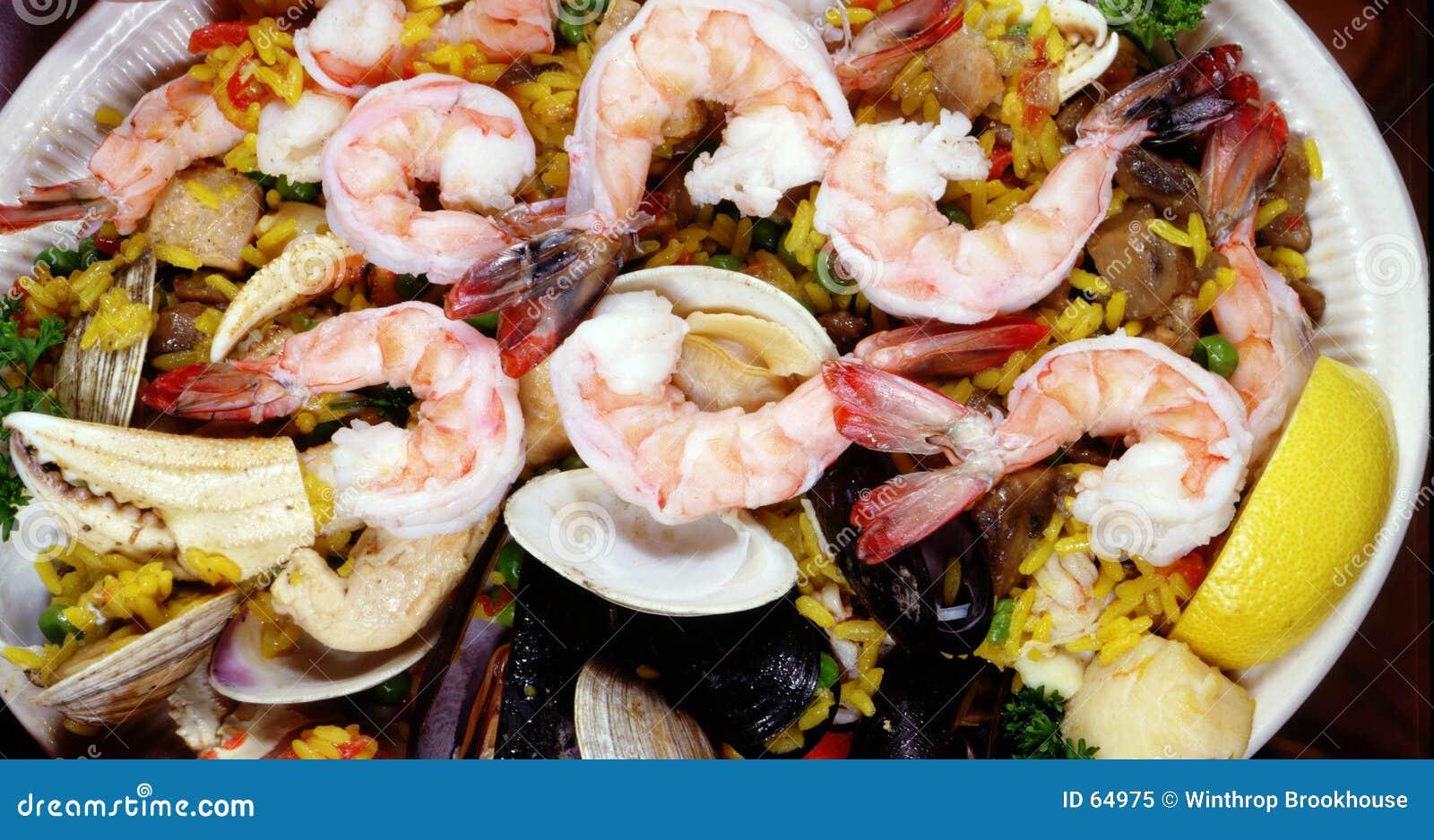 Paella do camarão