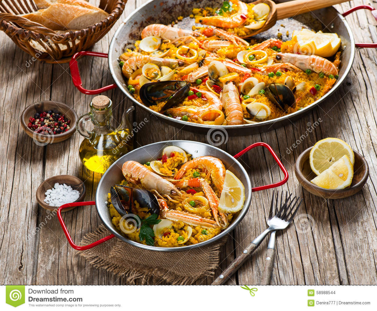 Paella - Traditional Spanish Food Stock Photo - Image ...