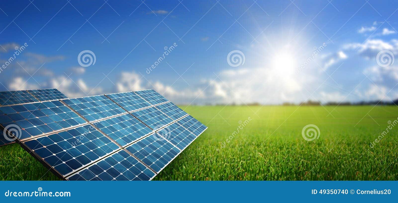 Paesaggio con il pannello solare