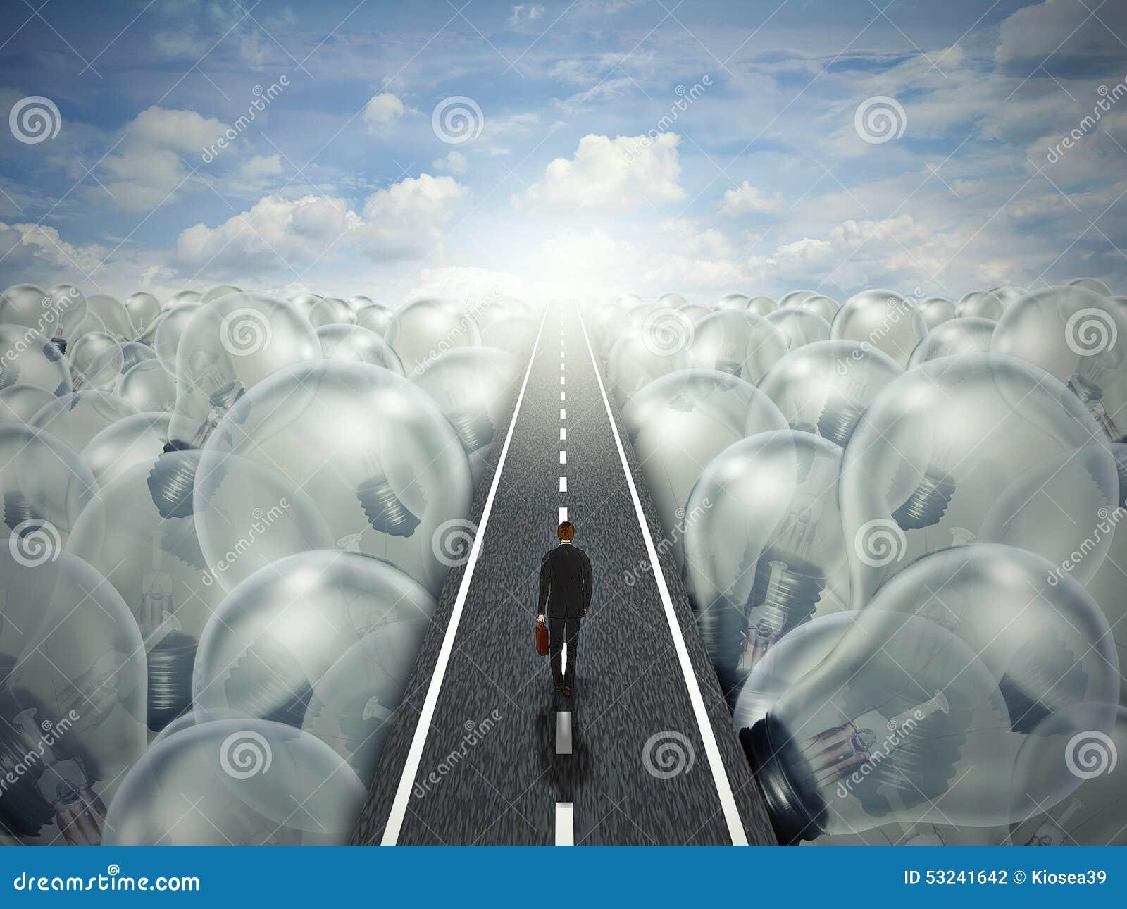 Paesaggio creativo di affari del percorso della strada di idea delle lampadine