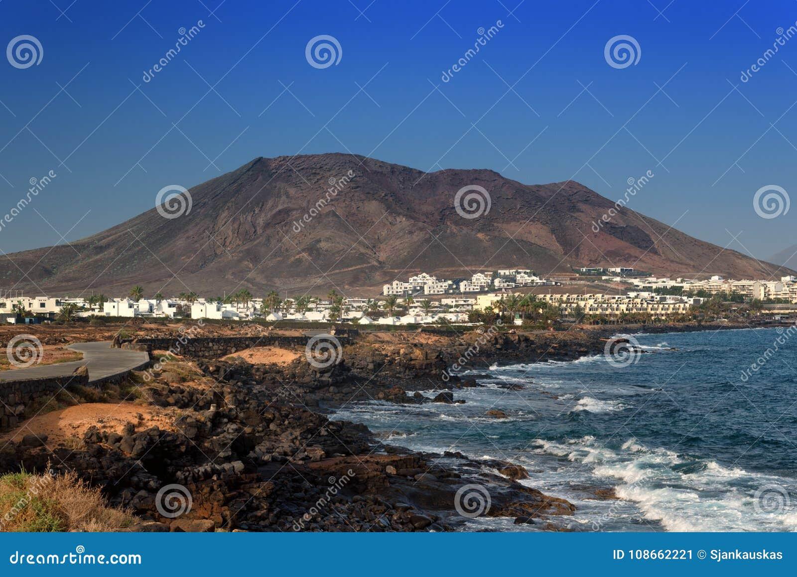 Paesaggio Dell\'isola Di Lanzarote, Località Di Soggiorno Di Costa ...