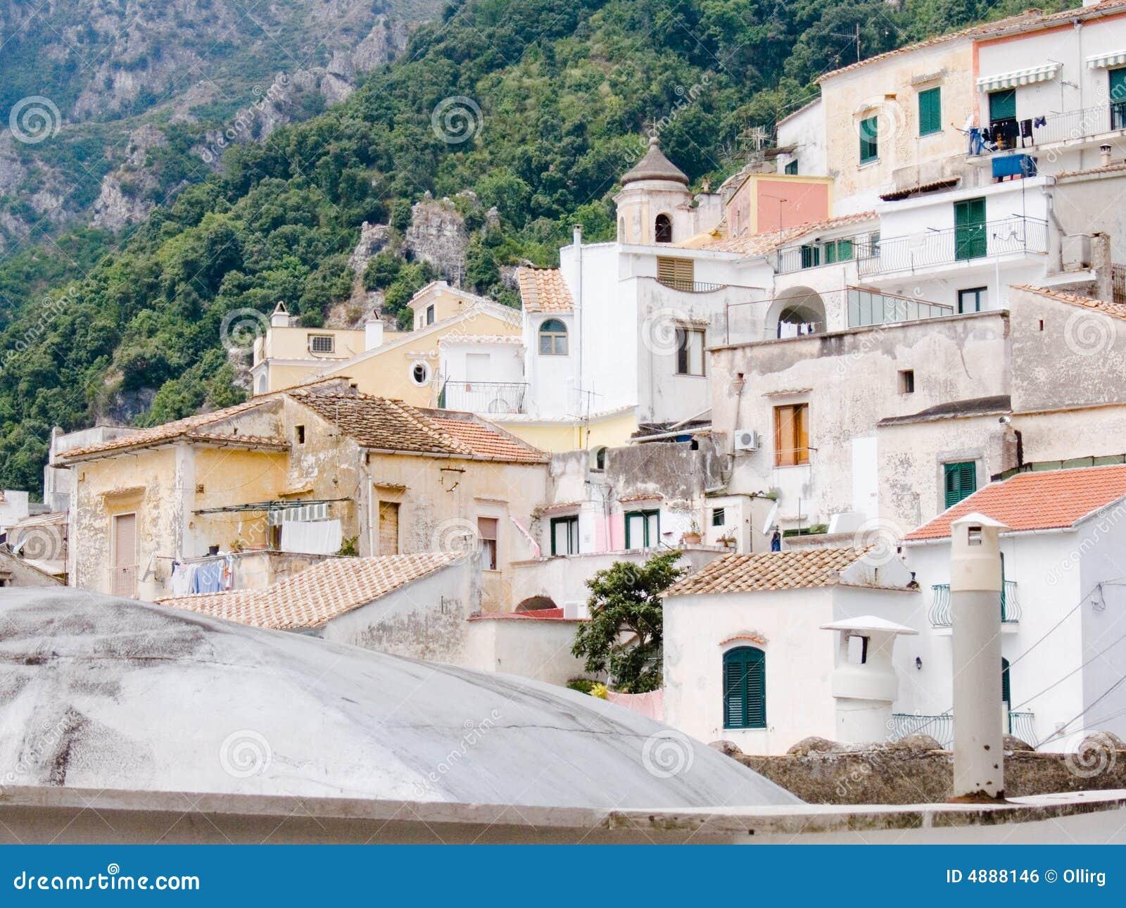 Paesaggio per le case mediterranee dei classici del alb for Case modulari mediterranee