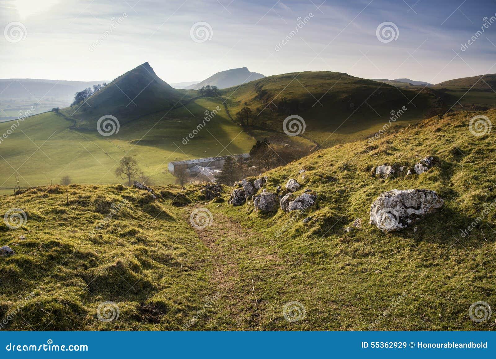 Paesaggio sbalorditivo della collina di Chrome e della collina di Parkhouse nel picco DIS