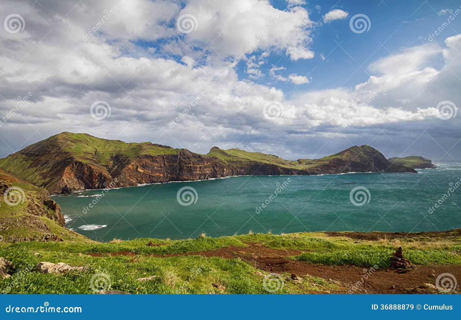 Download Paesaggio Scenico Del Madera. Immagine Stock - Immagine di nubi, vacanza: 36888879