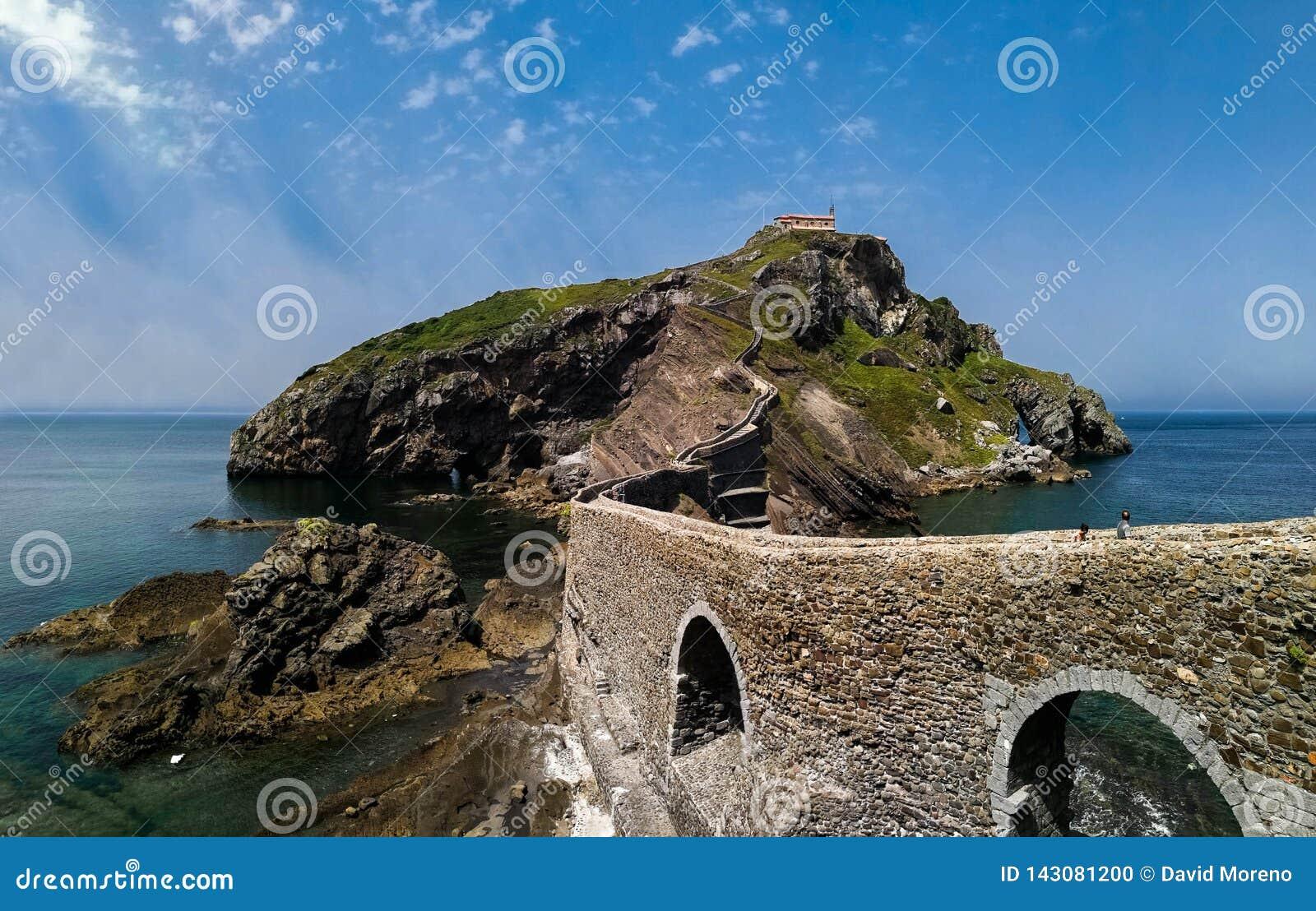 Paesaggio scenico di San Juan de Gaztelugatxe, Paese Basco, Spagna