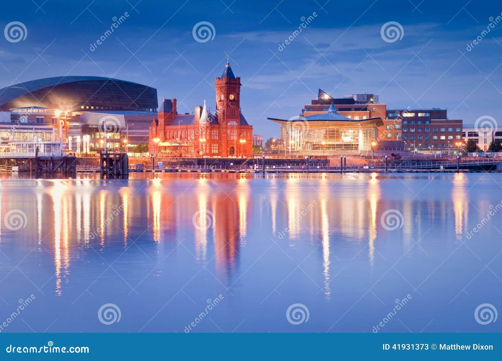 Paesaggio urbano della baia di Cardiff