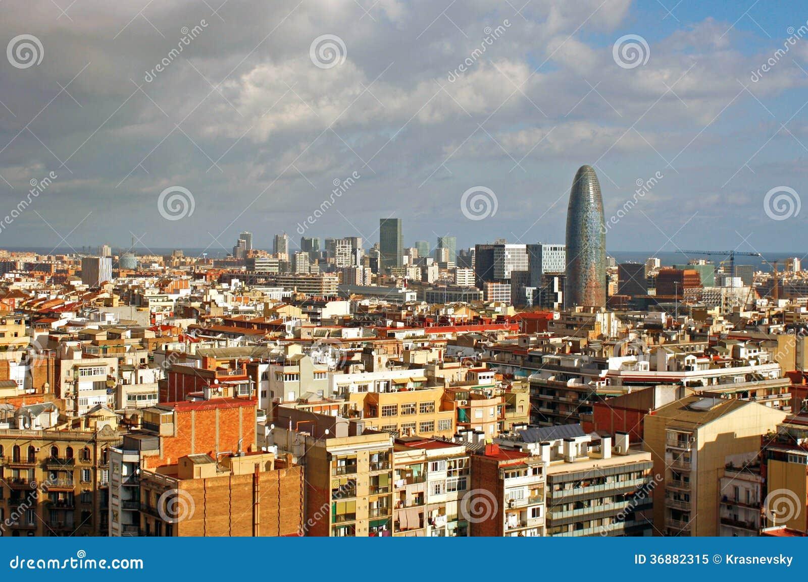 Download Paesaggio Urbano Di Barcellona Immagine Editoriale - Immagine di catalonia, commercio: 36882315