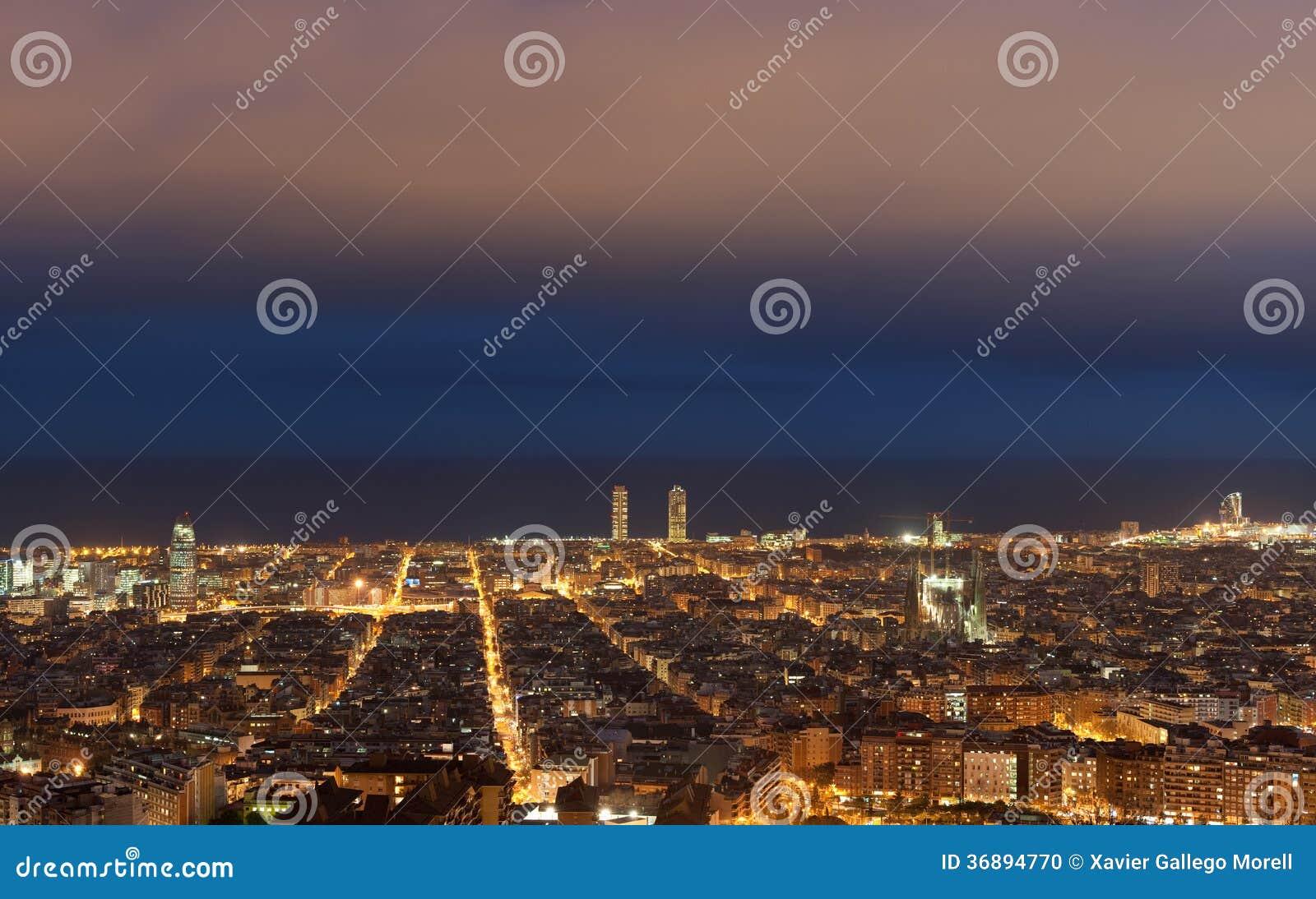 Download Paesaggio Urbano Di Barcellona Fotografia Stock - Immagine di catalan, costruzione: 36894770