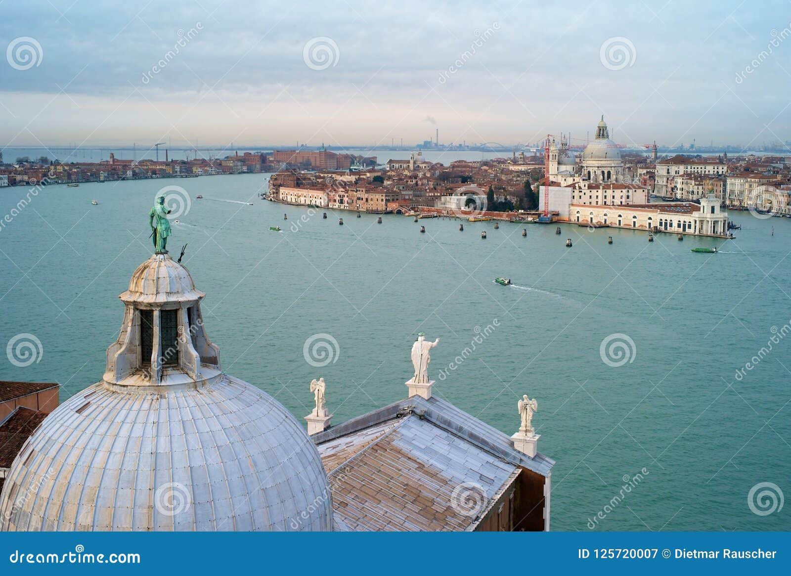 Paesaggio urbano di Venezia da San Giorgio Maggiore