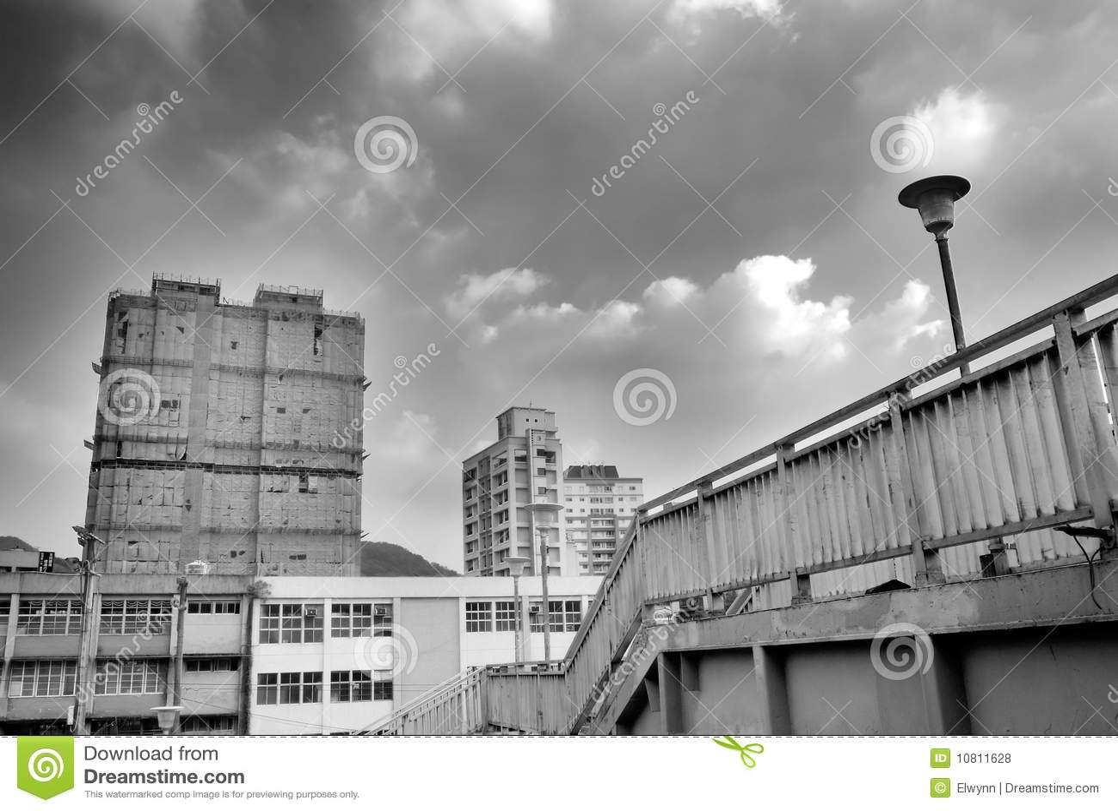 Paesaggio urbano - flyover ed appartamento