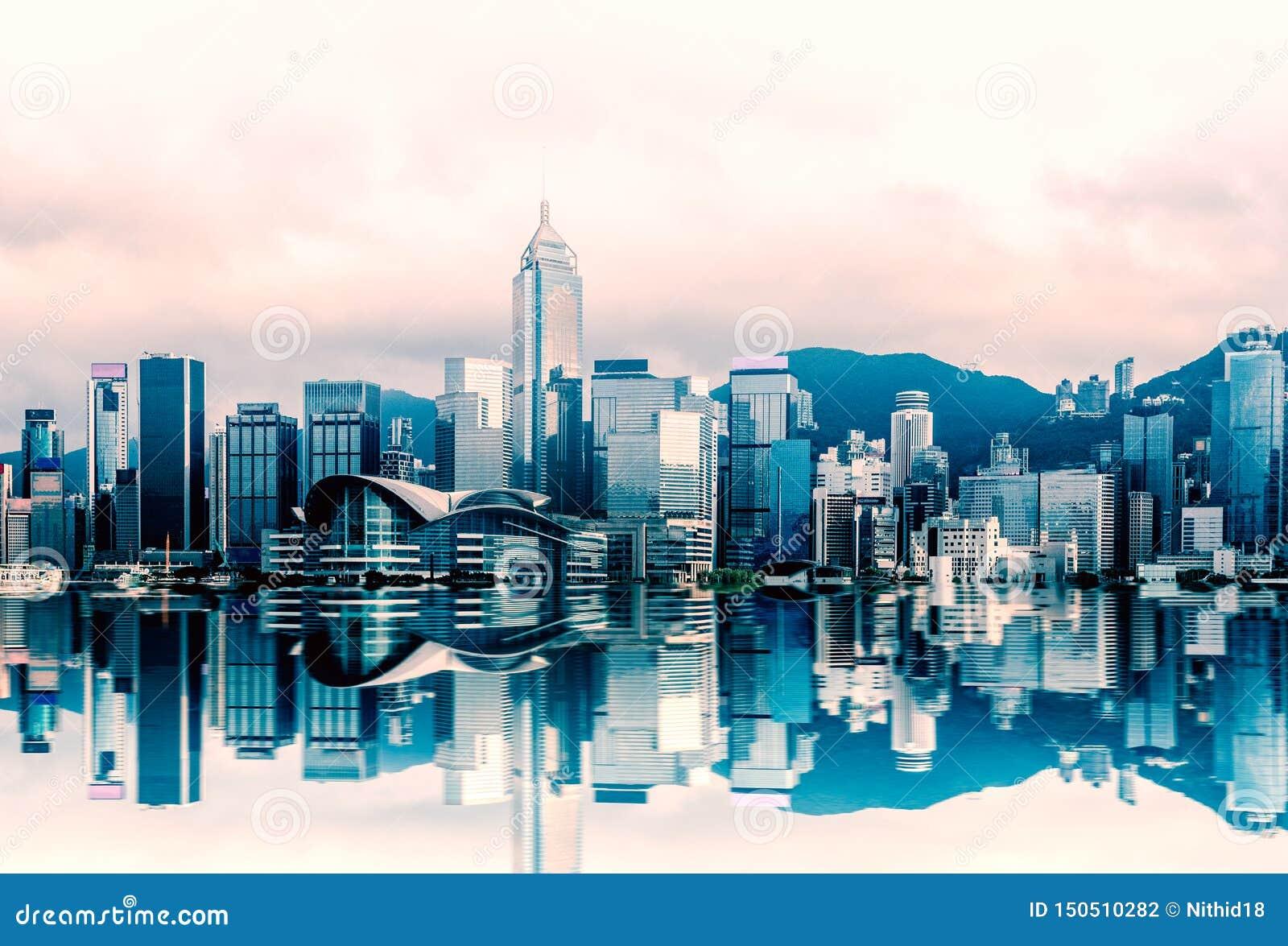 Paesaggio urbano a Victoria Harbour, vista di Hong Kong dal traghetto della stella, kowloon