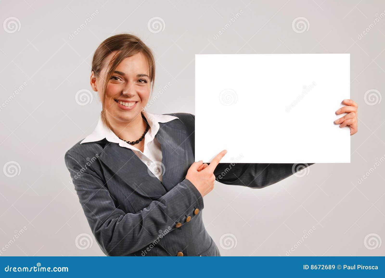 Page blanc de fixation de femme d affaires