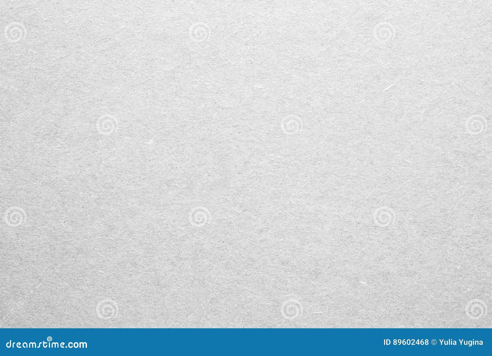 Page blanche de papier ou de contreplaqué dans la couleur blanche
