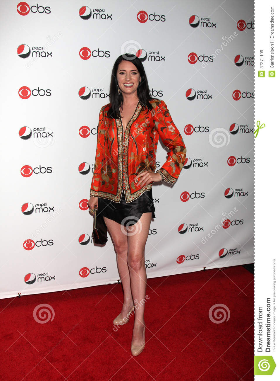 Paget Brewster Nude Photos 29