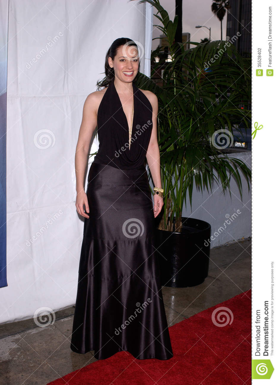 Feb 19 2005 Los Angeles Ca Actress Paget Brewster At The Writers Guild Awards In Hollywood