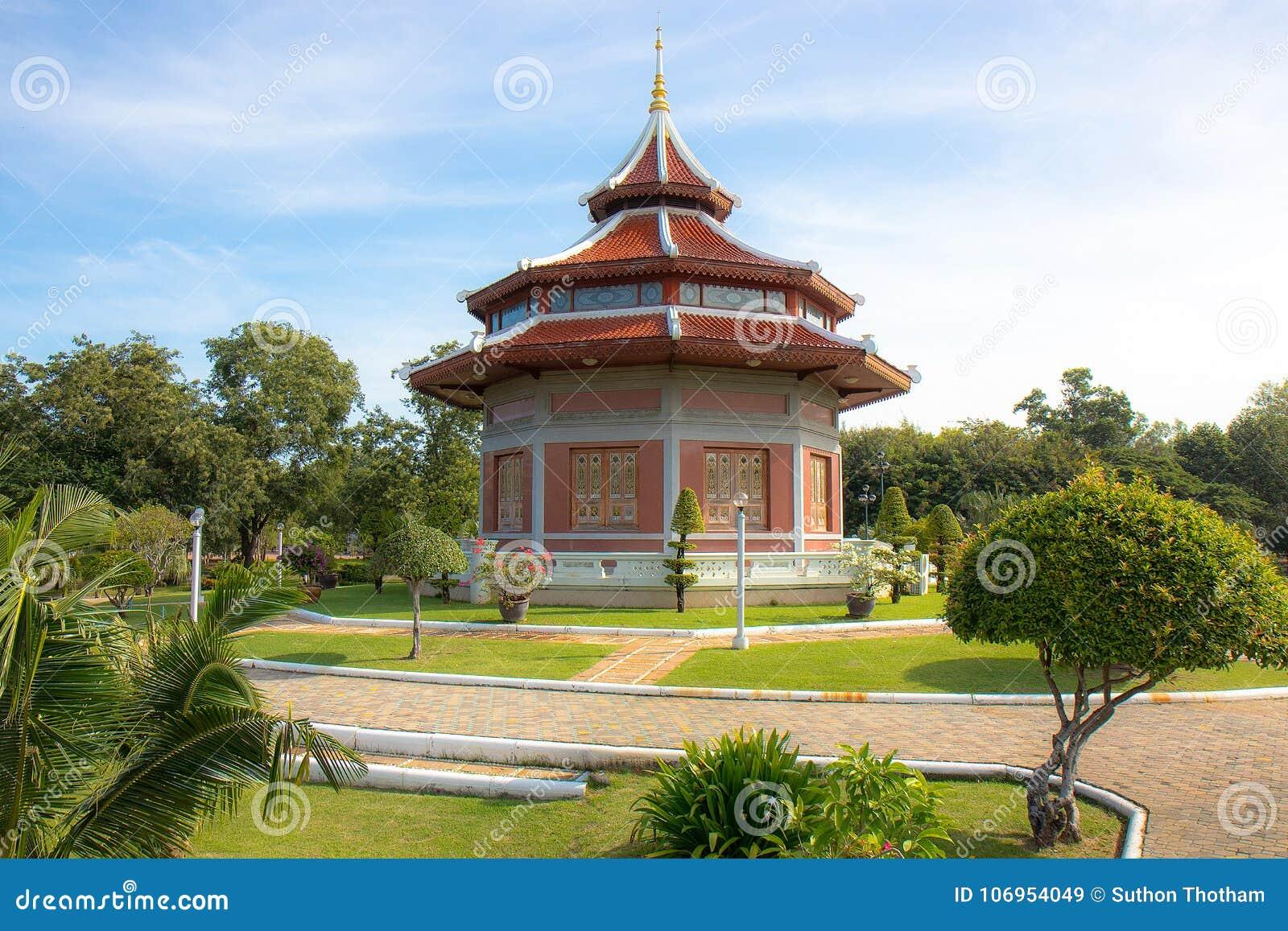 The Pagoda and Buddha Status at Wat Yai Chaimongkol, Ayutthaya,