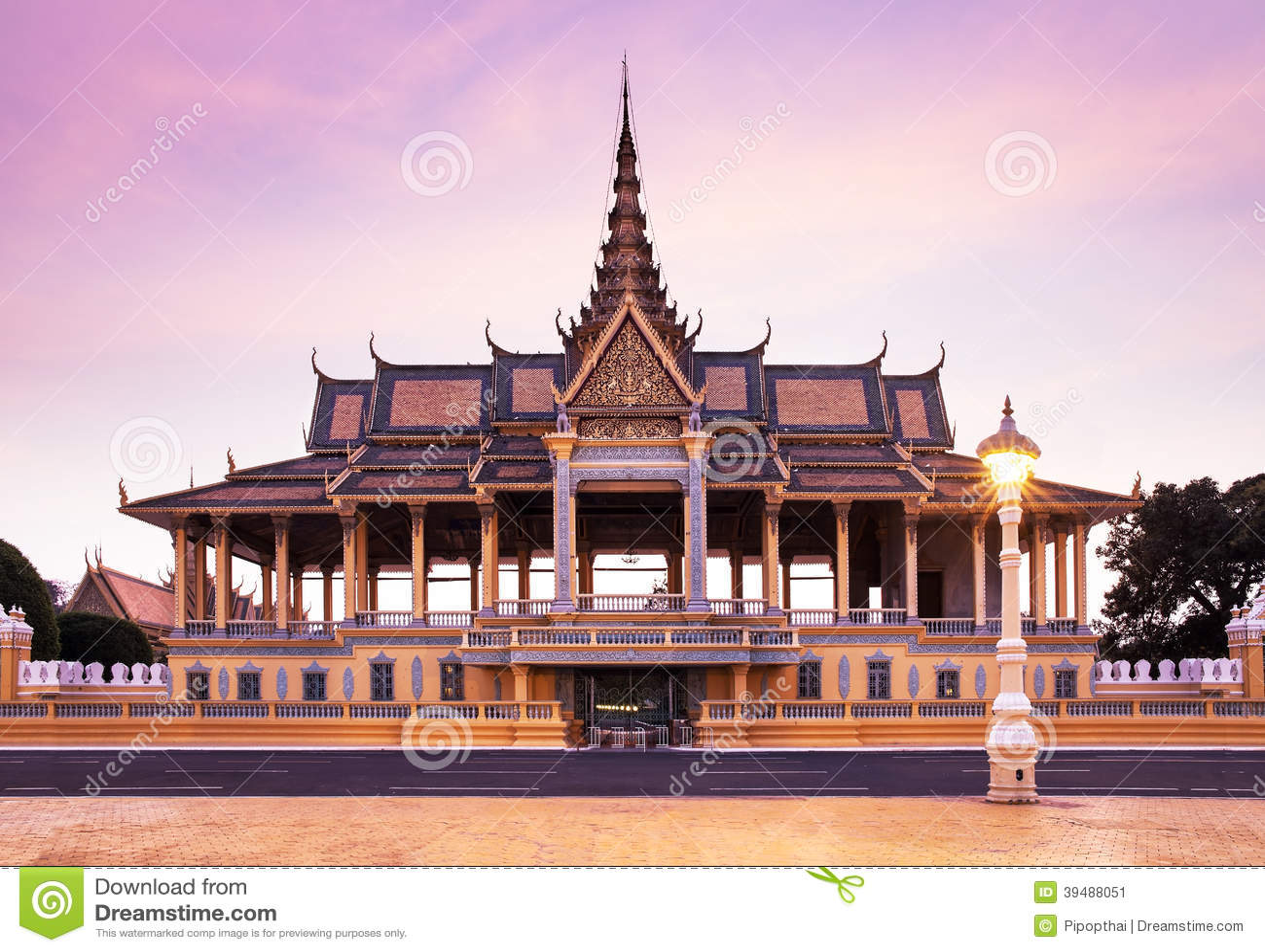 Pagoda de Royal Palace et d argent (le hall de trône), Phnom Penh, à