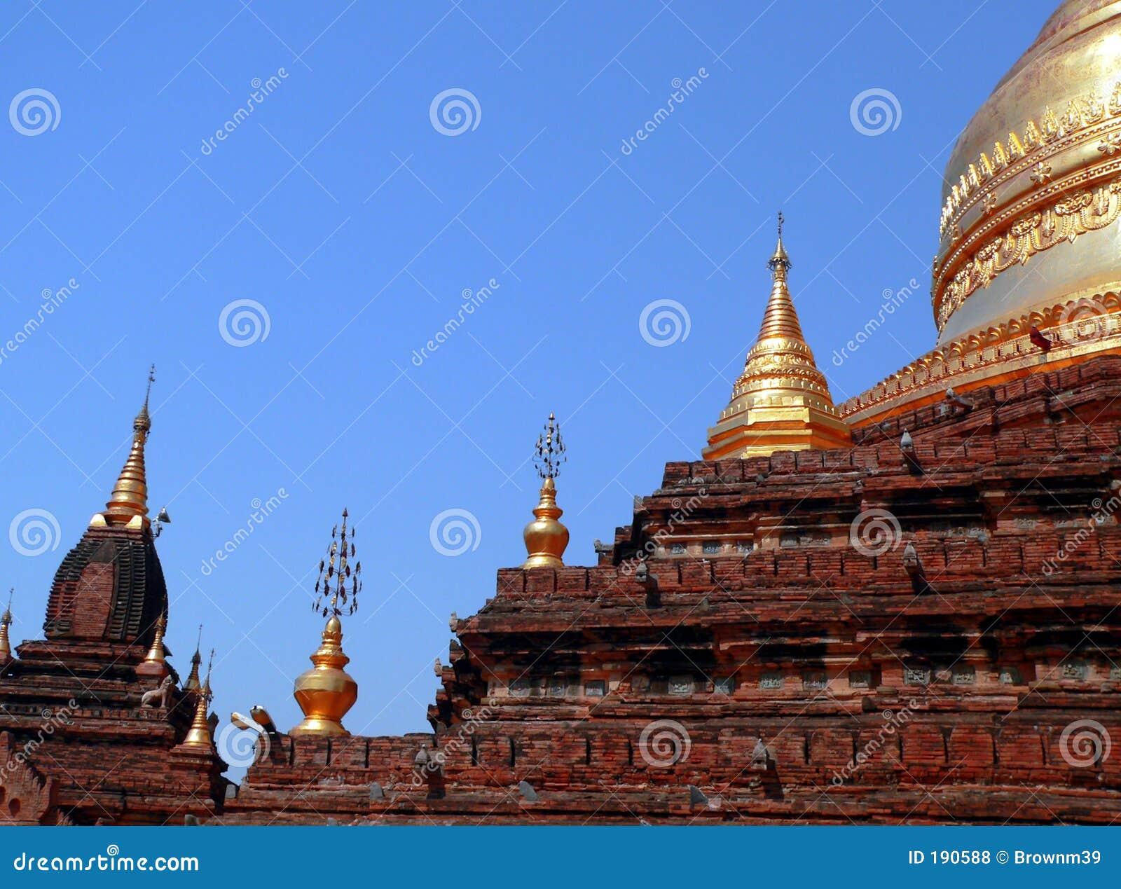 Pagoda di Dhammayazika (costruito 1196 dal re Narapatisithu)