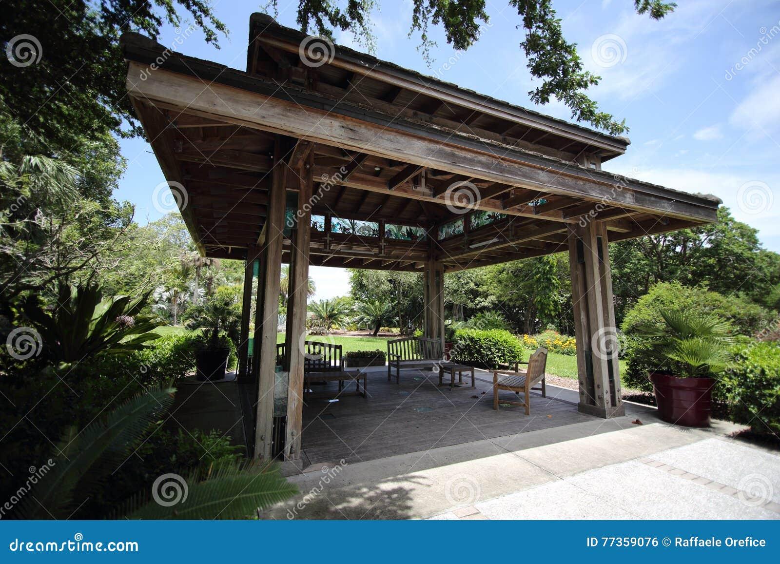 Pagoda en Marie Selby Botanical Gardens, Sarasota, la Floride