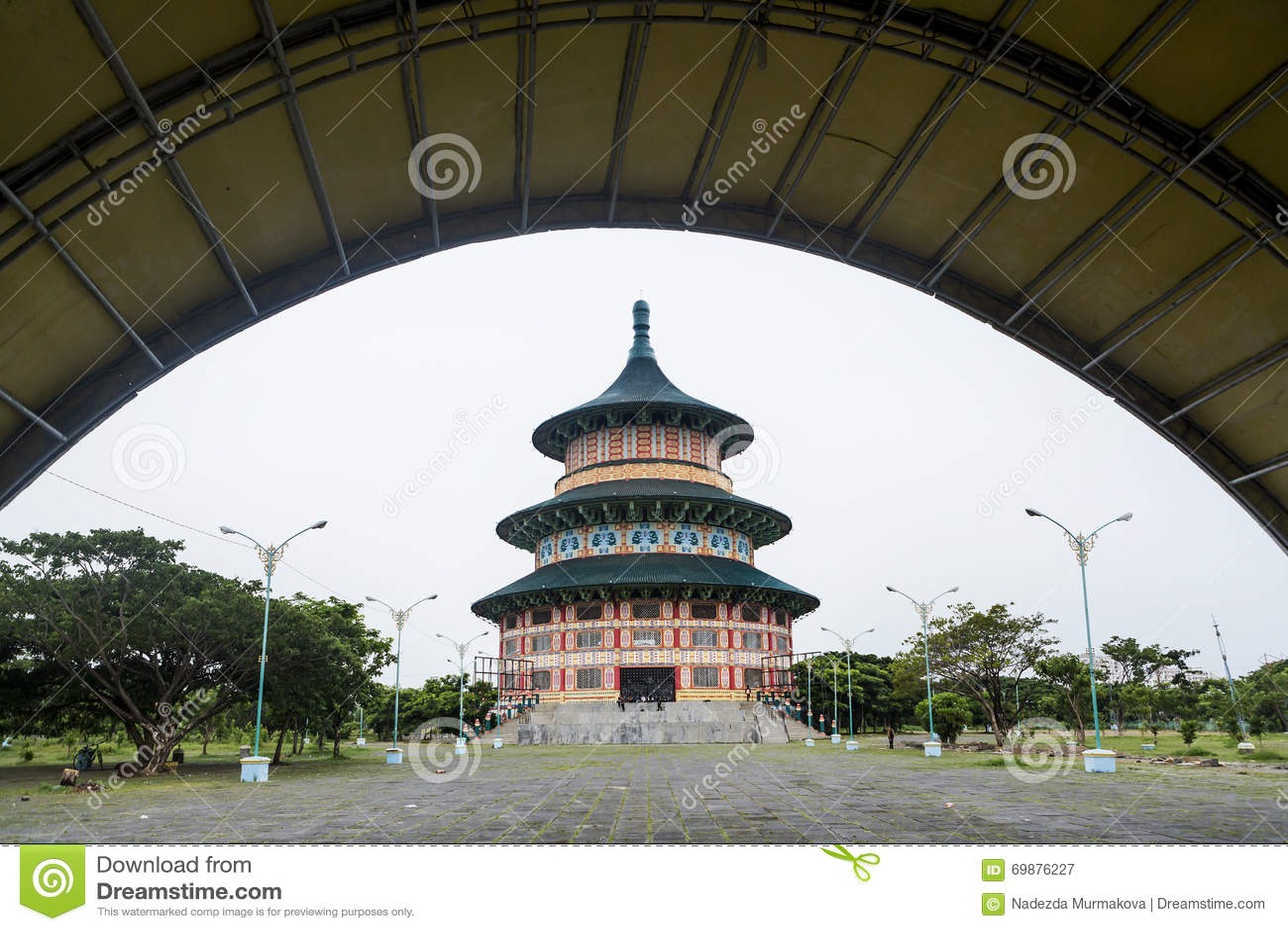 Pagode Tian Ti di Kenjeran in Surabaya, Indonesien
