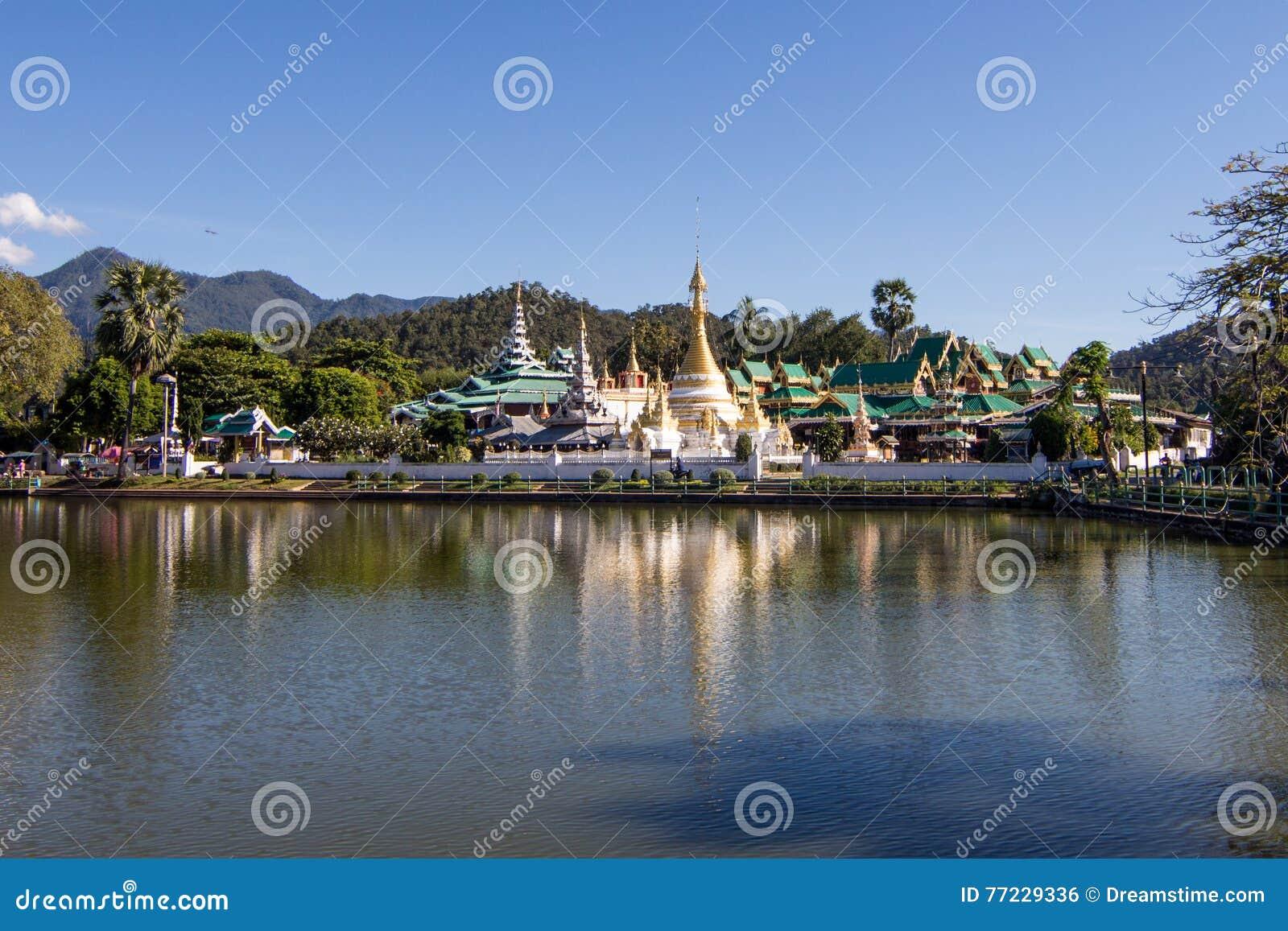 Pagodowy Thailand