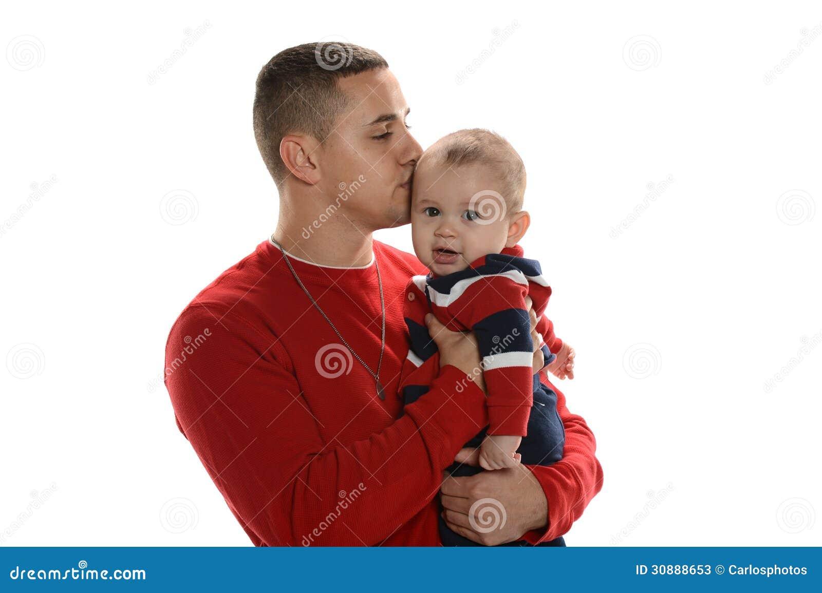 Pai e filho latino-americanos novos