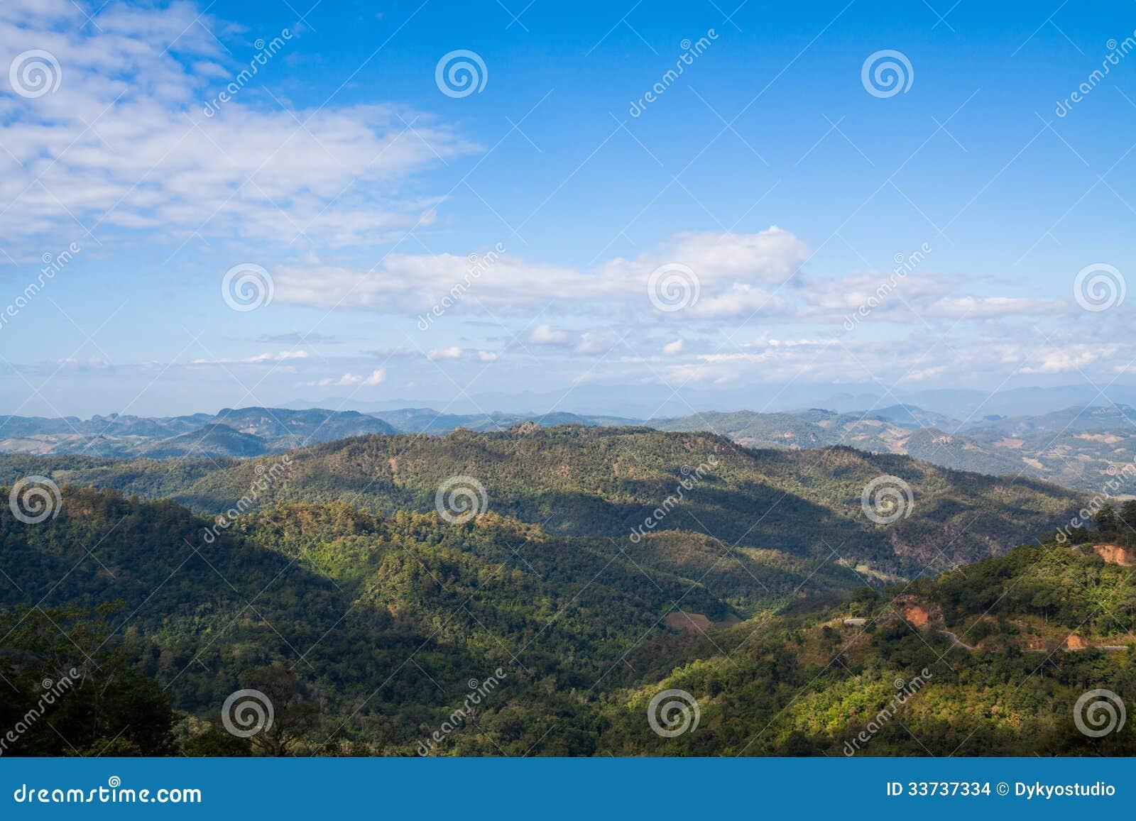 Ландшафт горы на Pai, Maehongson, Таиланде