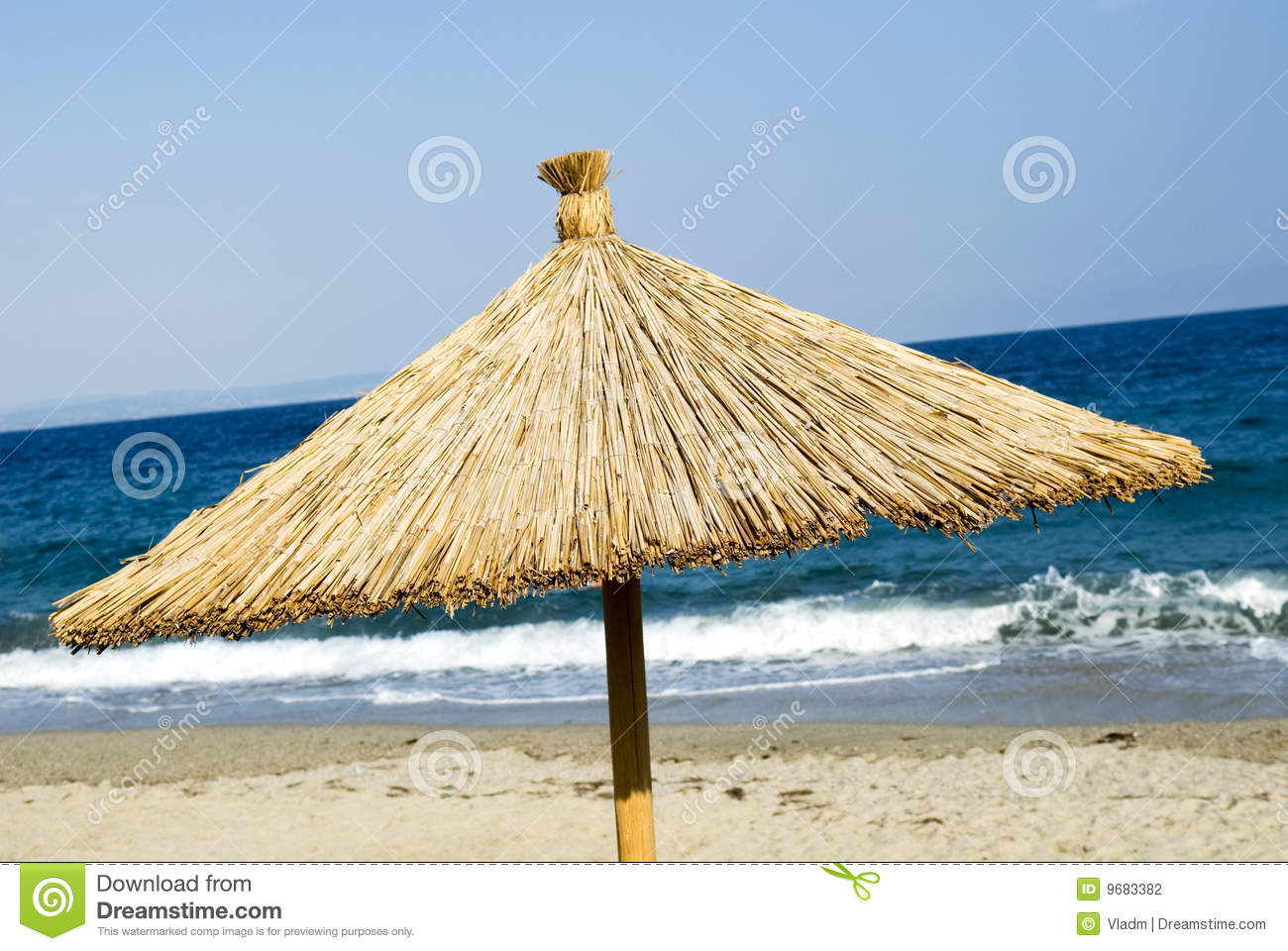 paille de parasol de plage photo stock image du protection 9683382. Black Bedroom Furniture Sets. Home Design Ideas