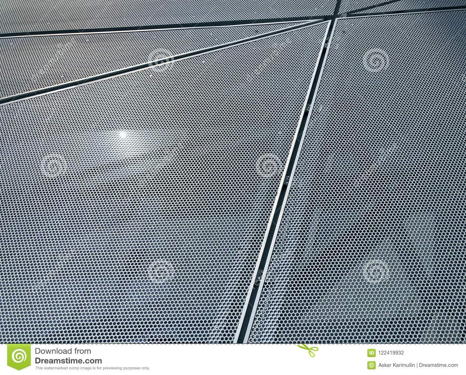 Painéis perfurados do metal na fachada